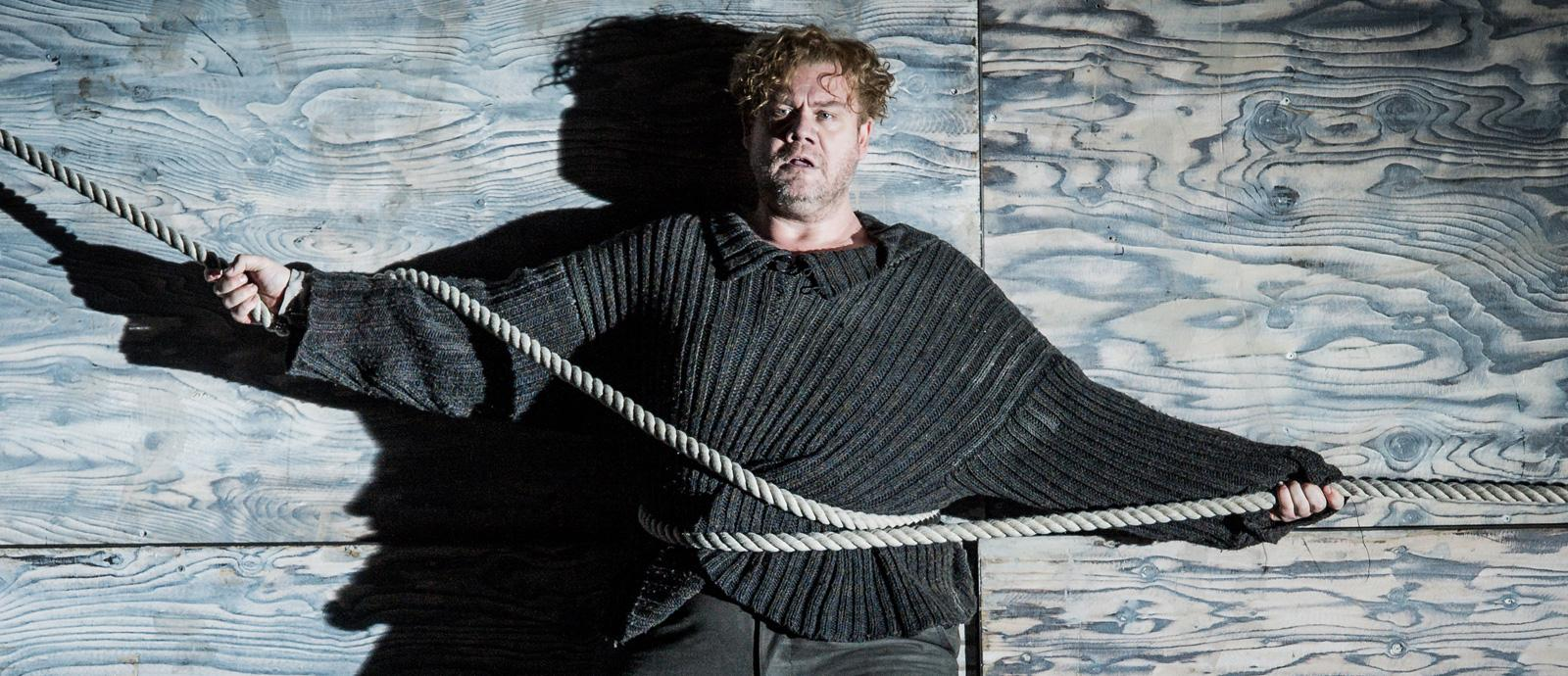 ENO Peter Grimes: Stuart Skelton as Peter Grimes (c) Robert Workman