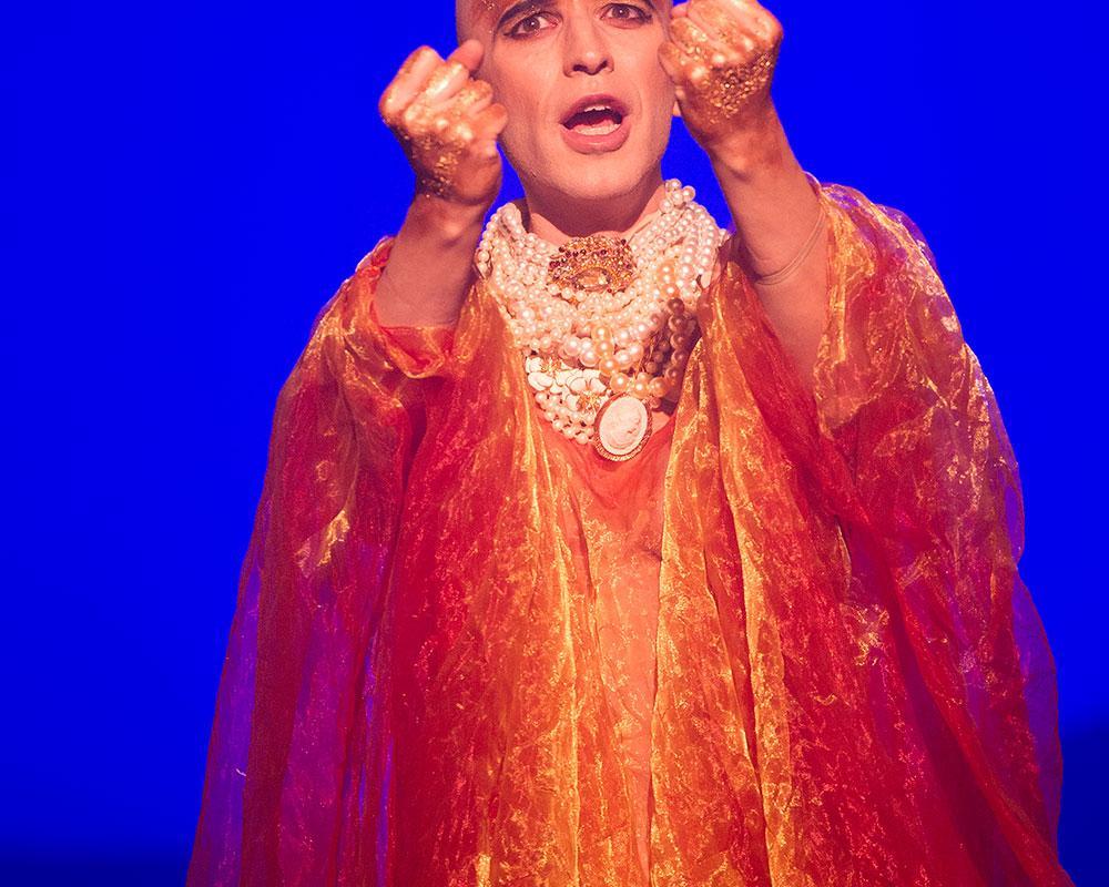 ENO1516 Akhnaten: Anthony Roth Costanzo as Akhnaten (c) Richard Hubert Smith