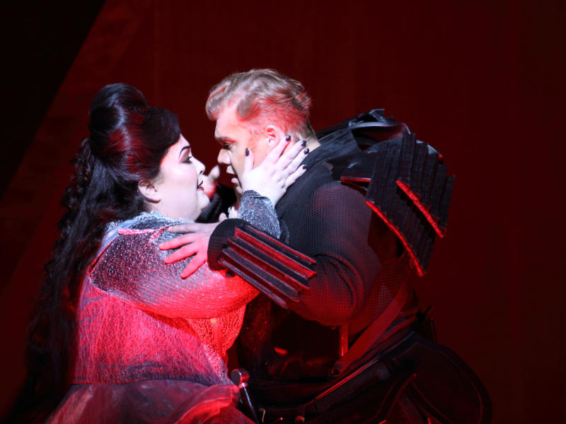 Heidi Melton and Stuart Skelton as Tristan and Isolde