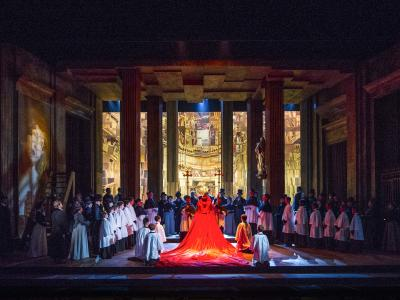 Cast of Tosca 2017 on stage at the London Coliseum