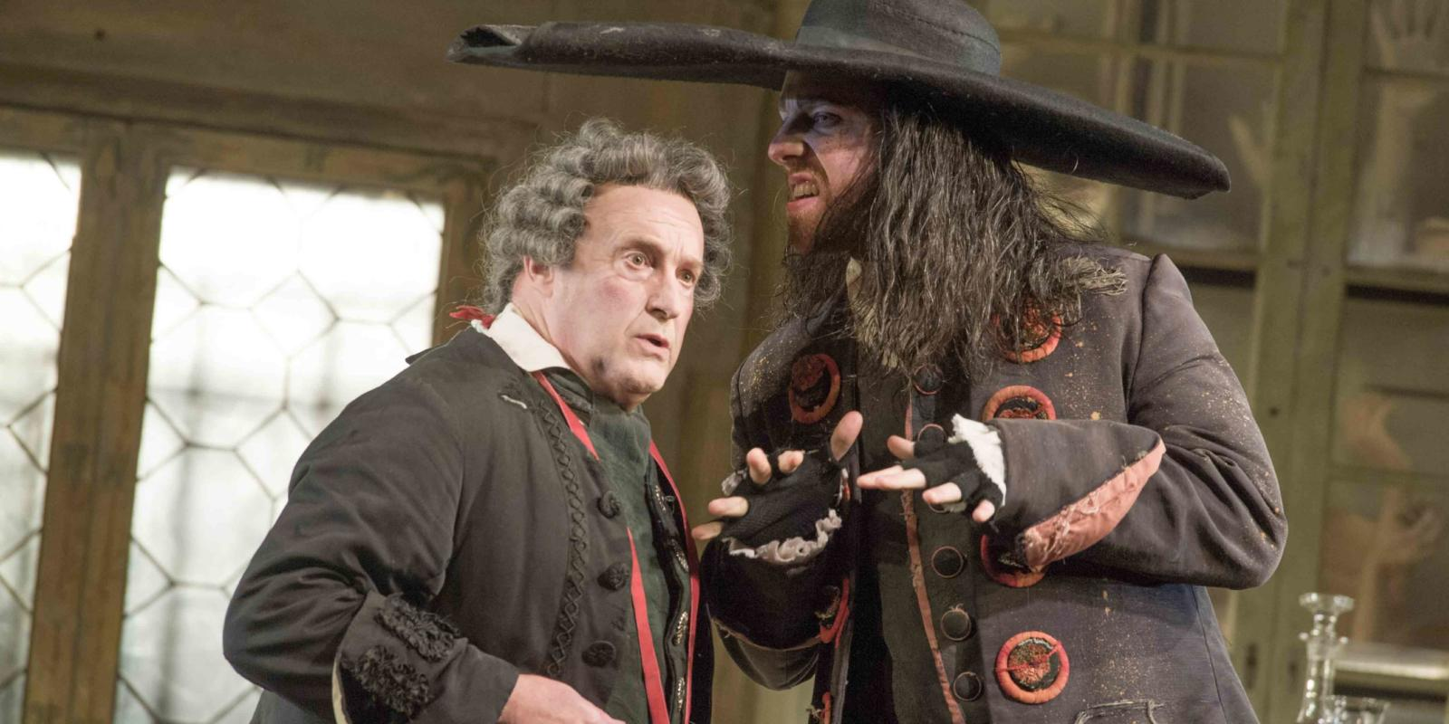 An image of Andrew Shore and Barnaby Rea in the 2015/16 production of Jonathan Miller's production of Barber of Seville