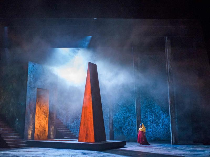 ENO Aida: Final shapes in the set design: Latonia Moore (c) Tristram Kenton