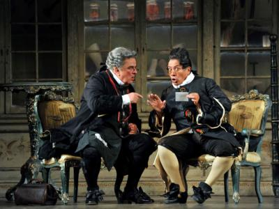 ENO The Barber of Seville: Alan Opie and Eleazar Rodriguez (c) Robbie Jack