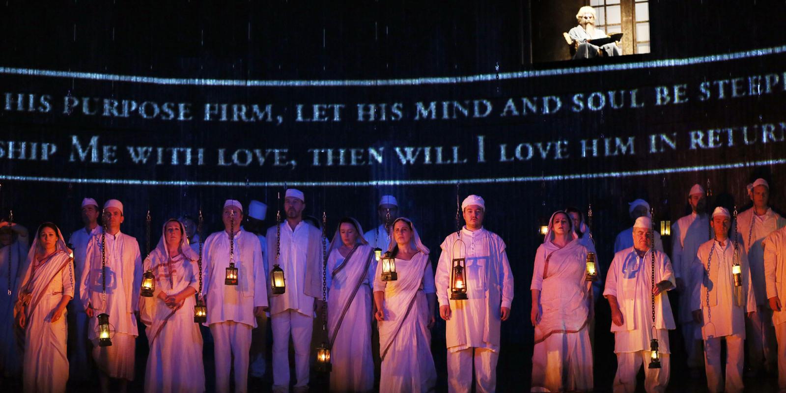 ENO Satyagraha: ENO Chorus (c) Donald Cooper