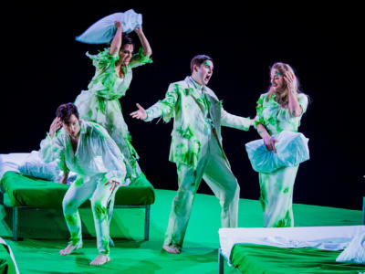 ENO A Midsummer Night's Dream David Webb Clare Presland Matthew Durkan Eleanor Dennis (c) Robert Workman