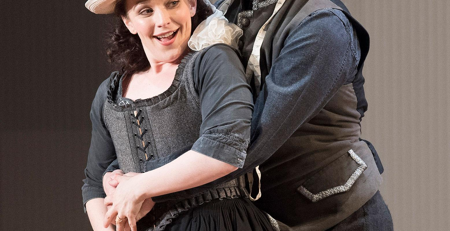 ENO 17/18: The Marriage of Figaro Rhian Lois Thomas Oliemans (c) Alastair Muir