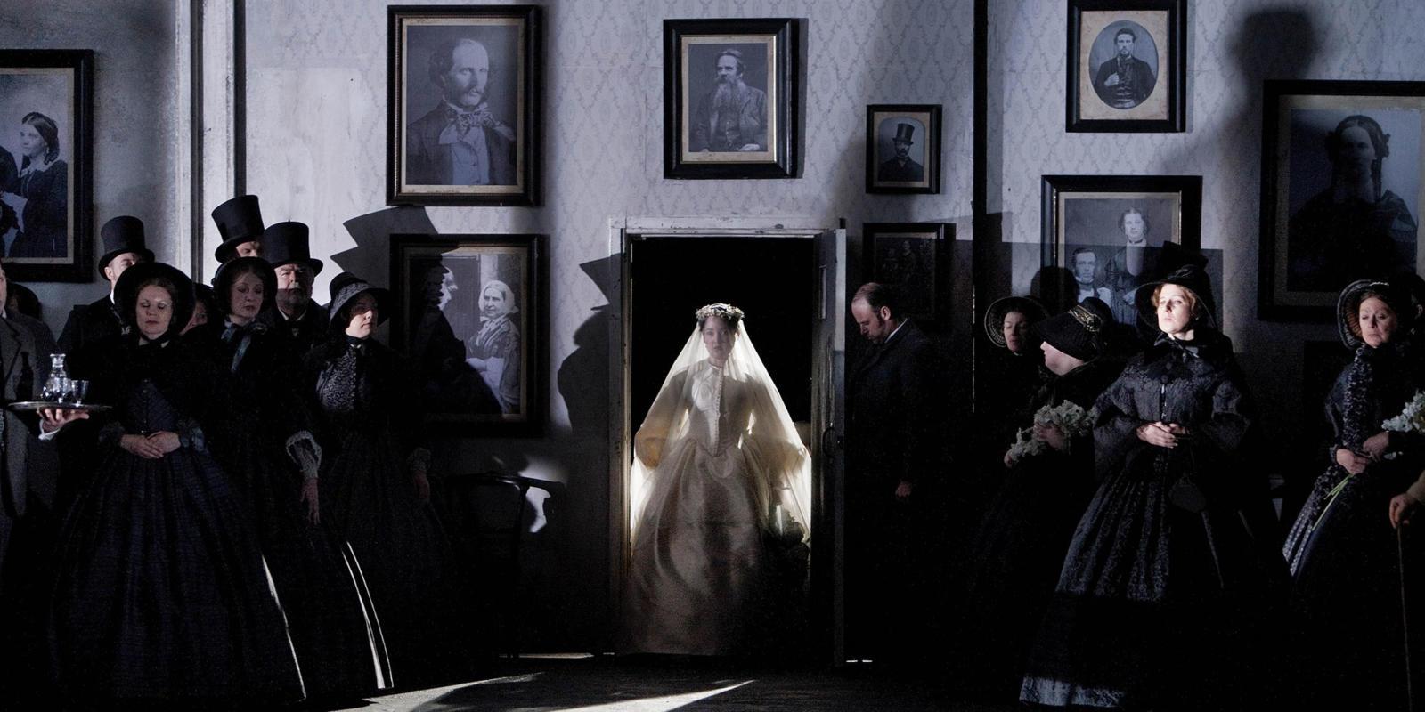 ENO Lucia di Lammermoor Anna Christy (c) Robert Workman