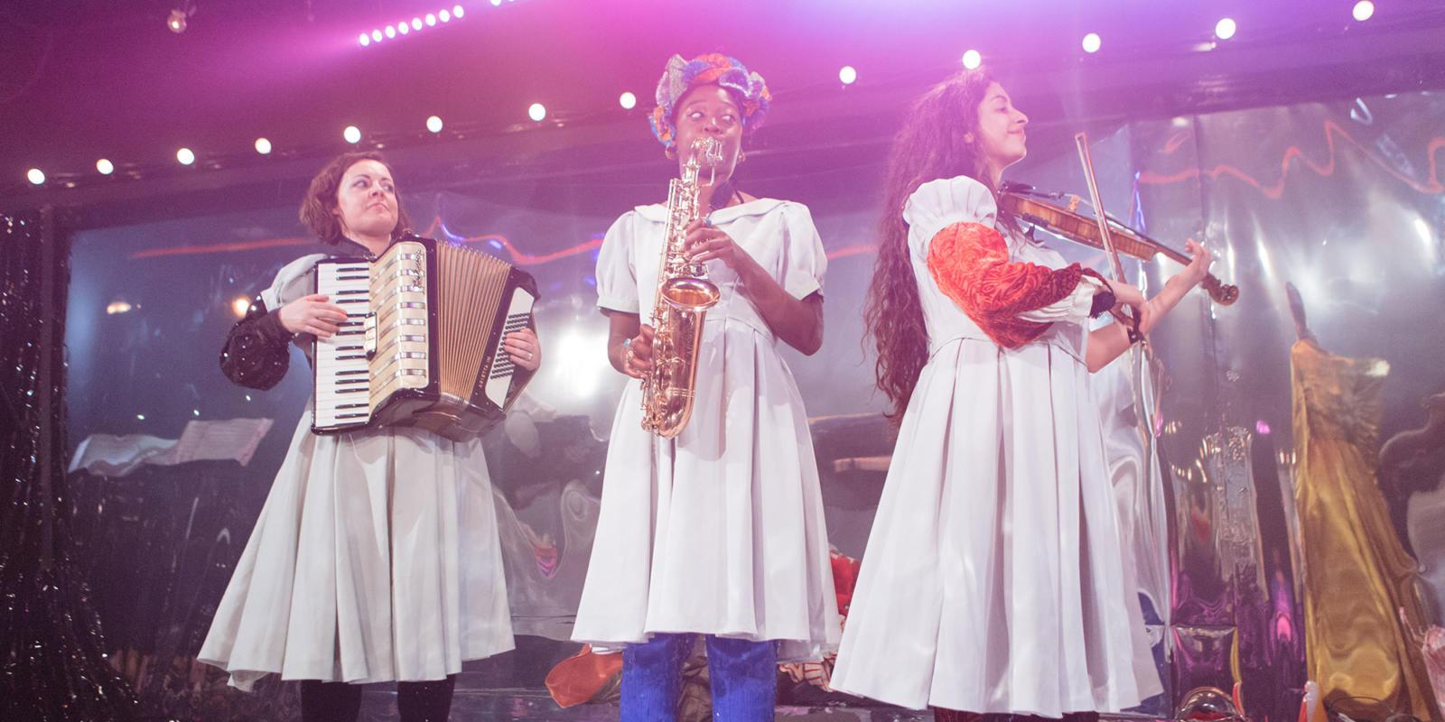 ENO and the Gate Theatre: Effigies of Wickedness musicians Fra Rustumji, Geri Allen, Cassie Kinoshi (c) Helen Murray.