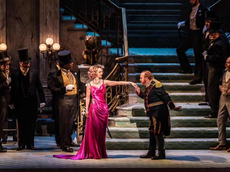 Andre Shore kissing the hand of Sarah Tynan in the Merry Widow