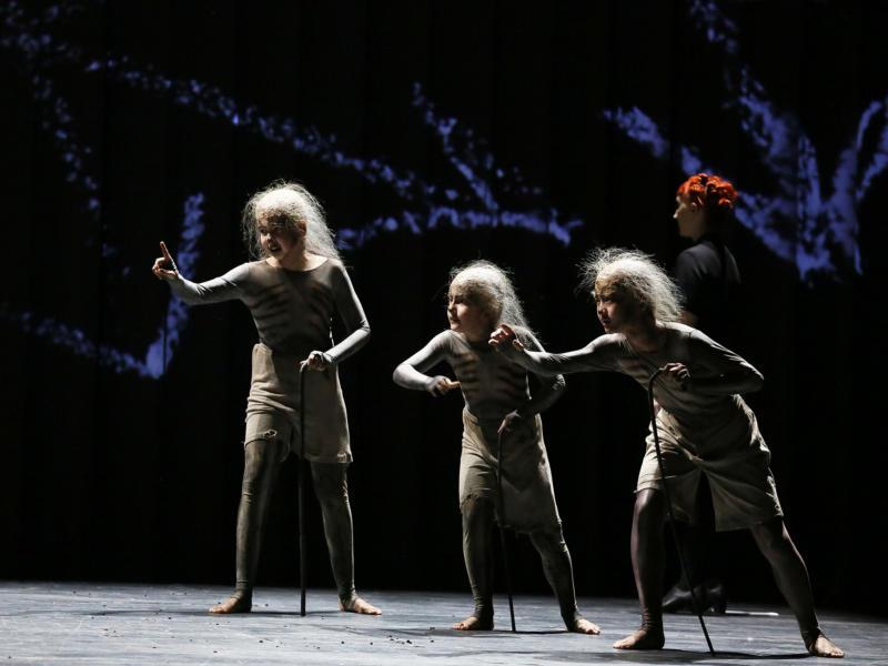 ENO1819 The Magic Flute: Guillermo Fernandez-Aguayo Martin, Richard Wolfson and Nao Fukui, © Donald Cooper