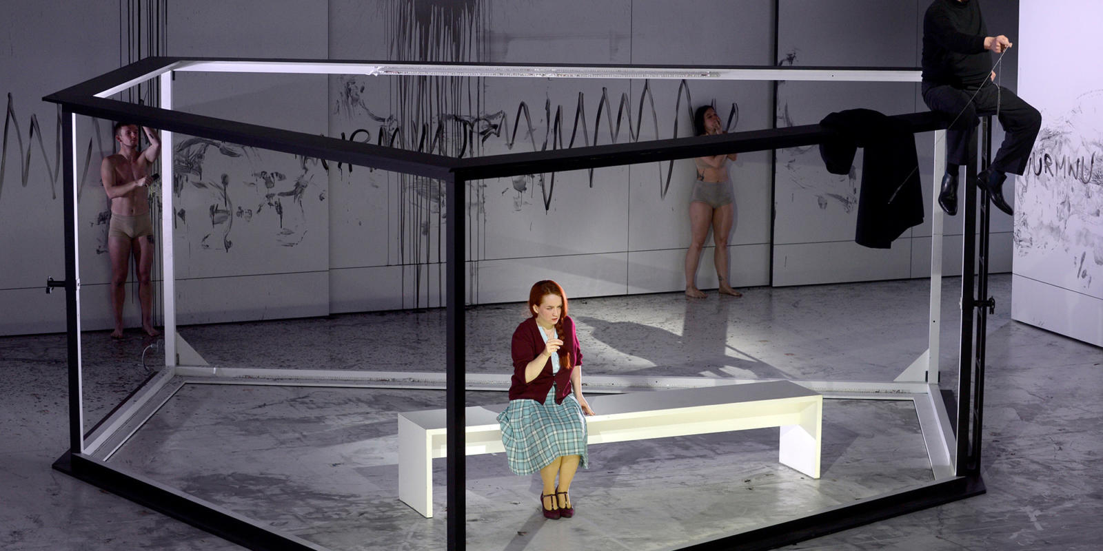 ENO1920 Luisa Miller: Izabela Matula as Luisa in Oper Wuppertal's production (c) Jens Grossmann