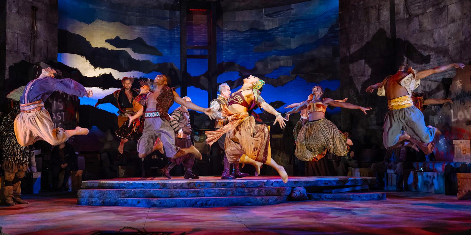 Man of La Mancha: dancers
