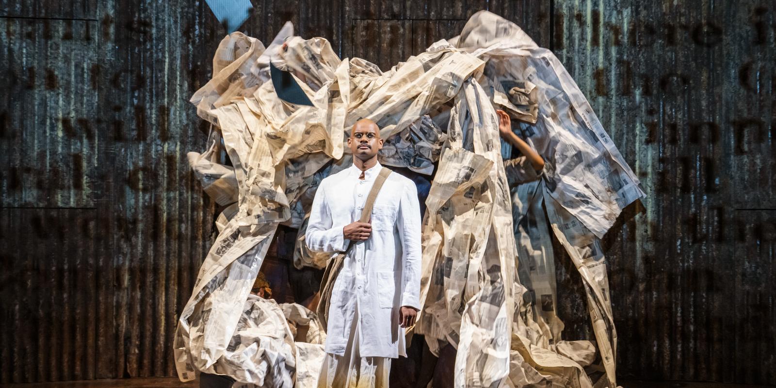 ENO2122 Satyagraha: Sean Panikkar as Gandhi © Tristram Kenton